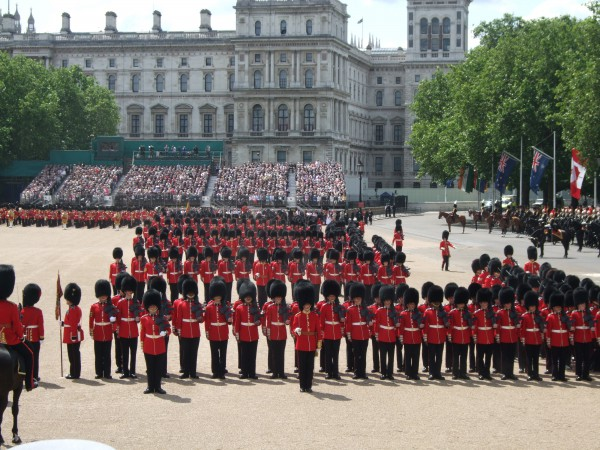 Trooping_the_Colour_form_march_past